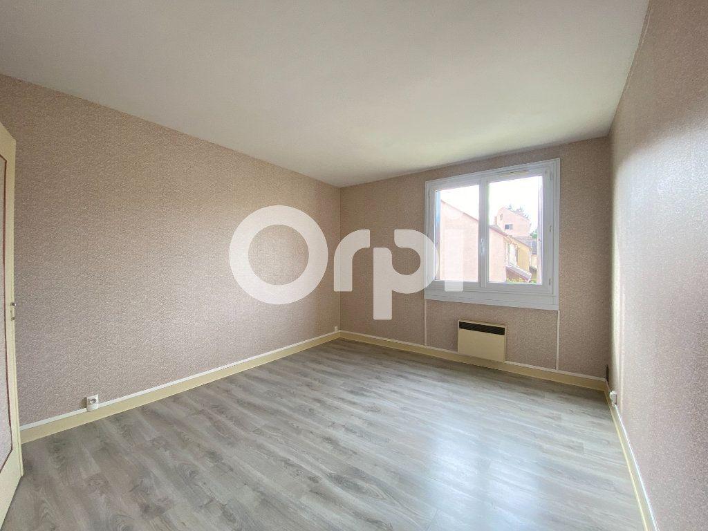 Appartement à louer 3 55.36m2 à Évreux vignette-8