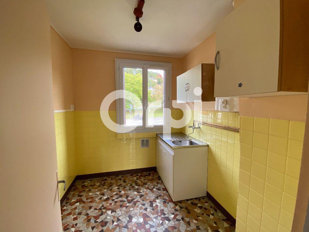 Appartement à louer 3 55.36m2 à Évreux vignette-10