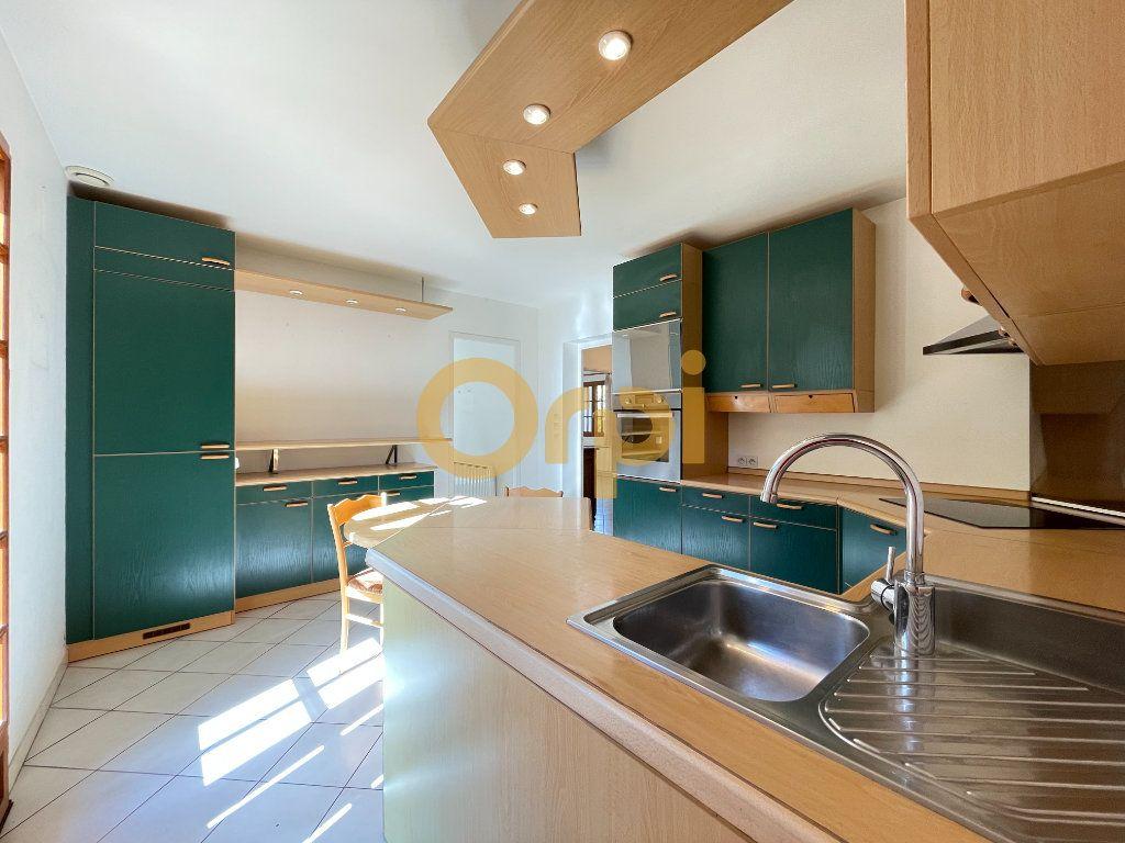 Maison à vendre 8 159m2 à Saint-Sébastien-de-Morsent vignette-11