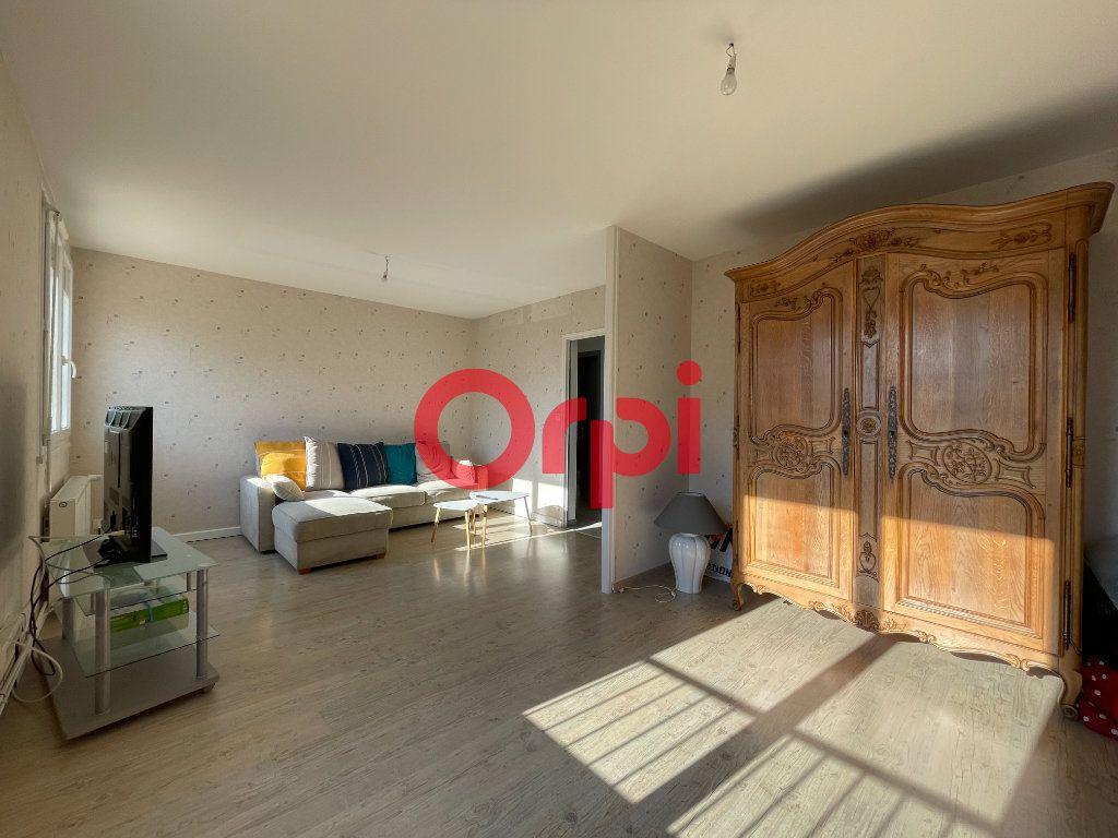 Appartement à vendre 4 65.33m2 à Évreux vignette-2