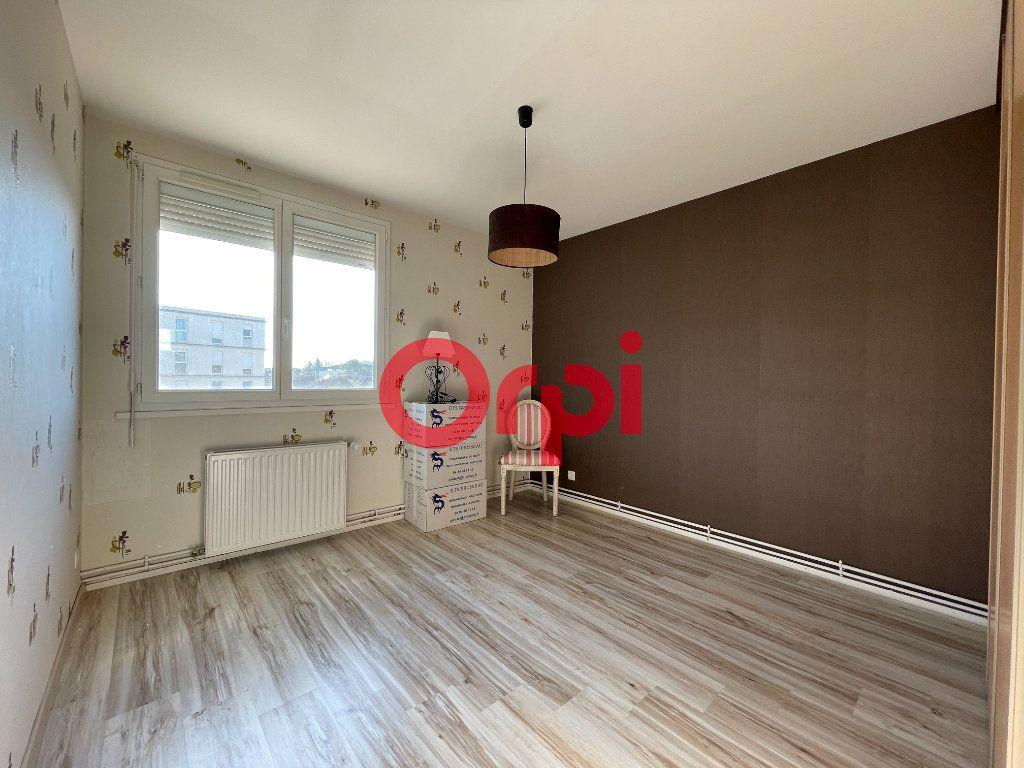 Appartement à vendre 4 65.33m2 à Évreux vignette-8