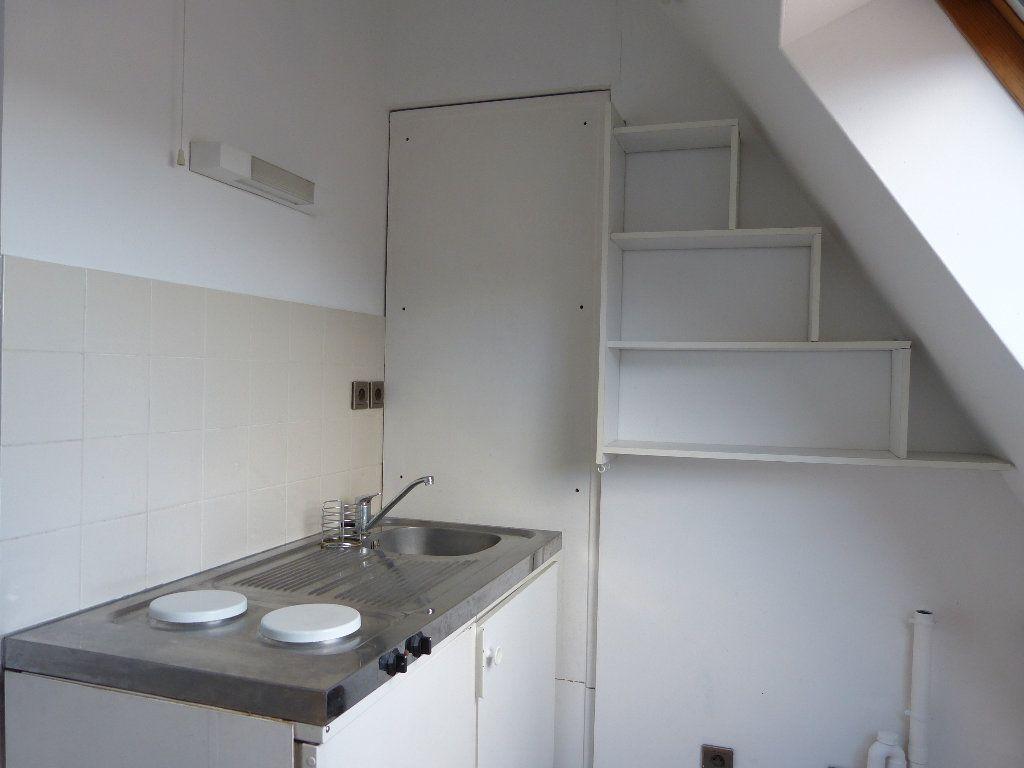 Appartement à louer 2 32.92m2 à Évreux vignette-4