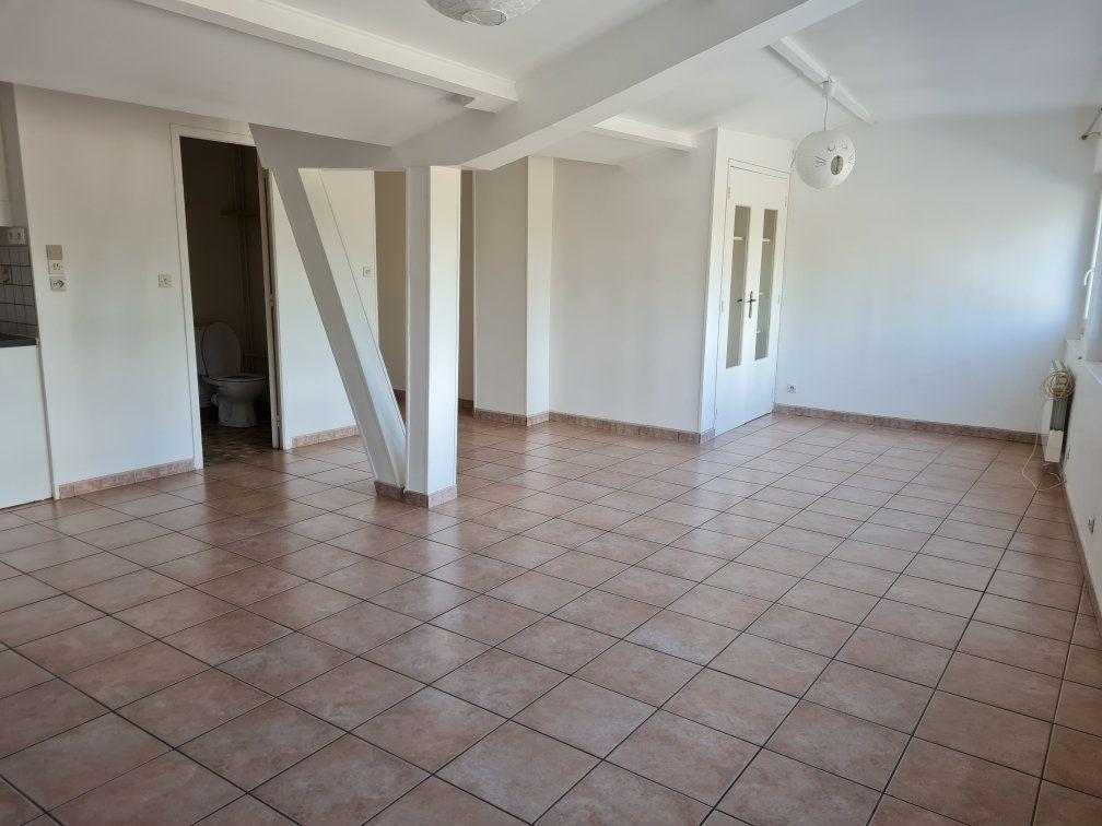 Appartement à louer 1 40m2 à Évreux vignette-1
