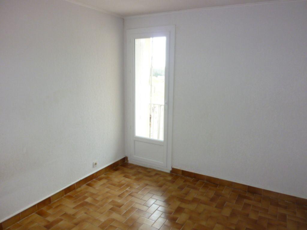 Appartement à louer 3 70m2 à Agde vignette-9