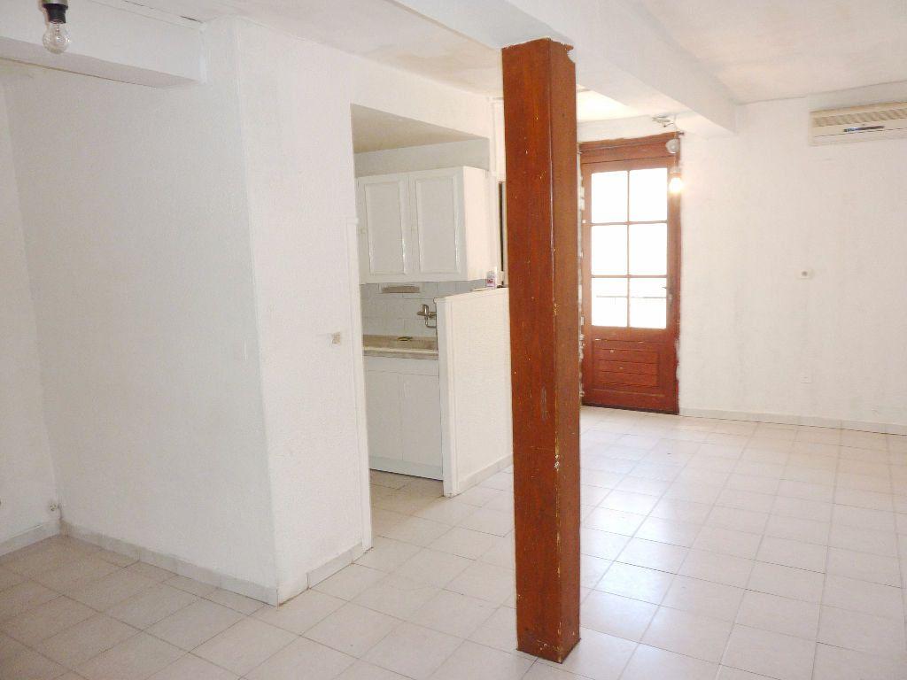 Maison à vendre 5 75m2 à Béziers vignette-1