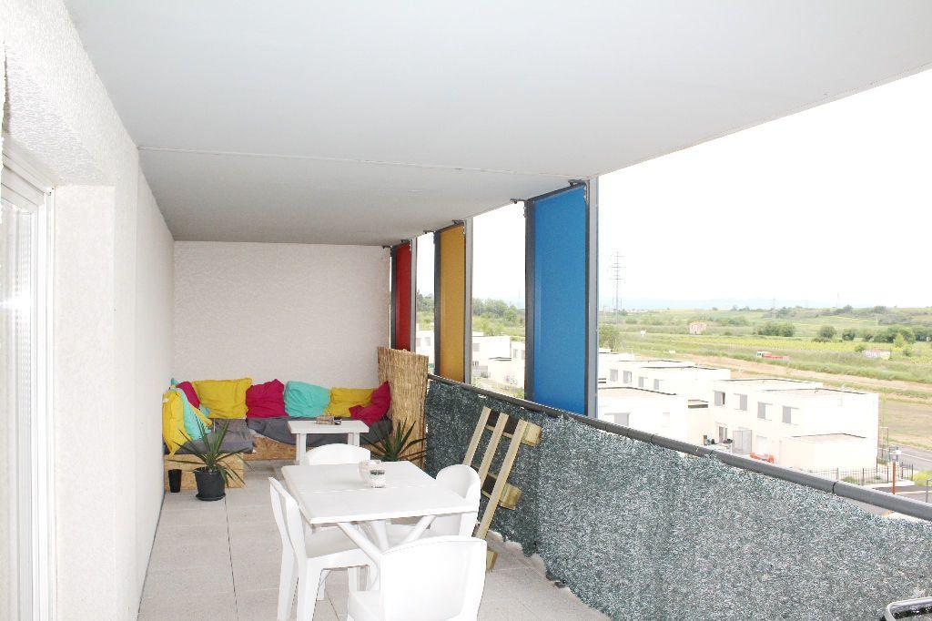 Appartement à vendre 3 60.25m2 à Béziers vignette-3