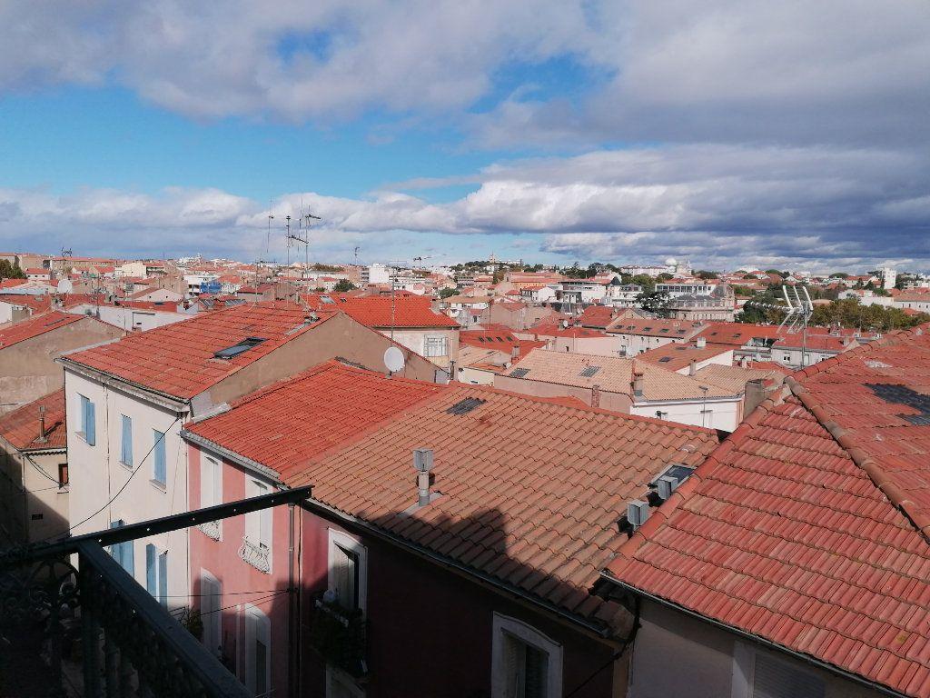 Appartement à louer 3 60.24m2 à Béziers vignette-5
