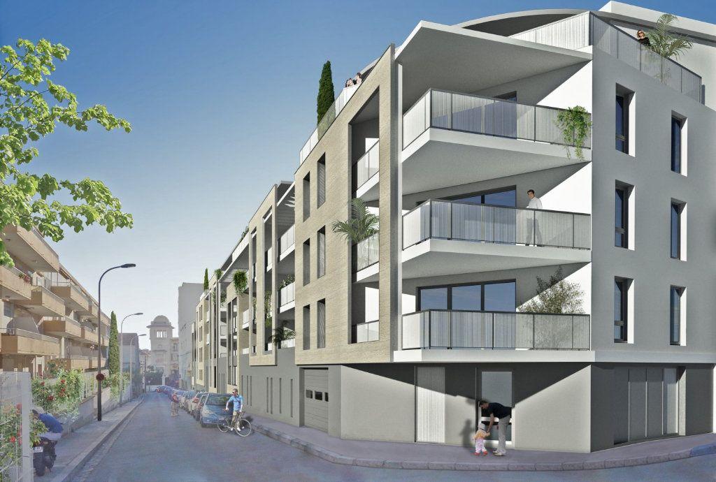 Appartement à vendre 2 38.21m2 à Béziers vignette-1