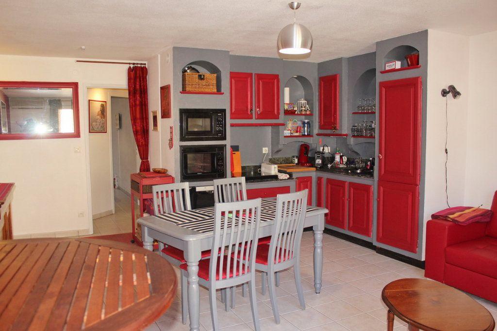 Appartement à vendre 3 56m2 à Marseillan vignette-1