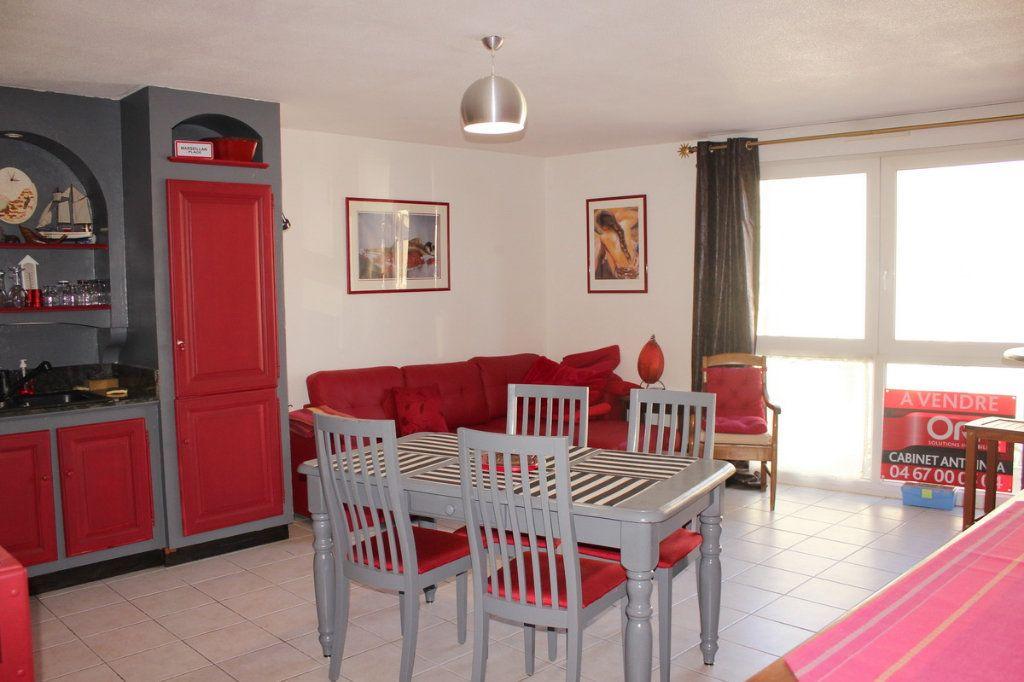 Appartement à vendre 3 56m2 à Marseillan vignette-2