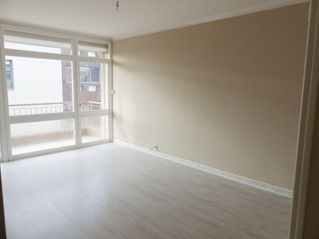 Appartement à vendre 3 62m2 à Béziers vignette-2