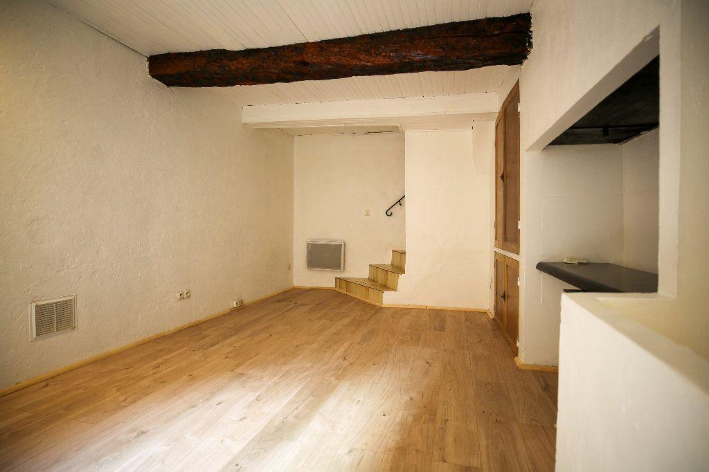 Maison à vendre 3 60m2 à Castelnau-de-Guers vignette-4