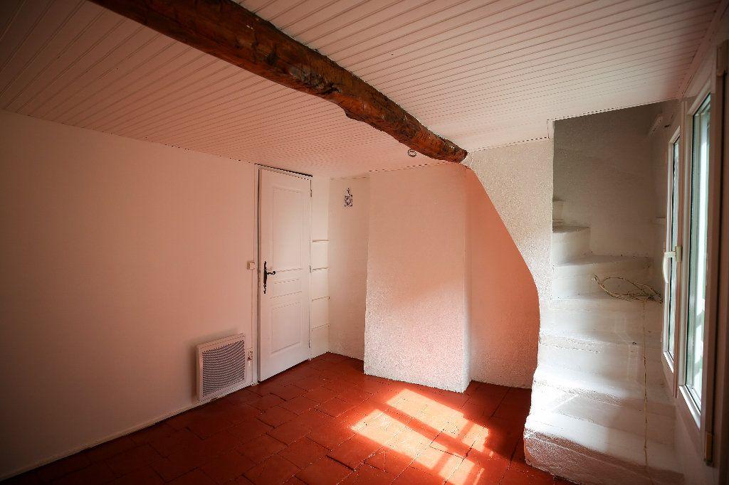 Maison à vendre 3 60m2 à Castelnau-de-Guers vignette-5