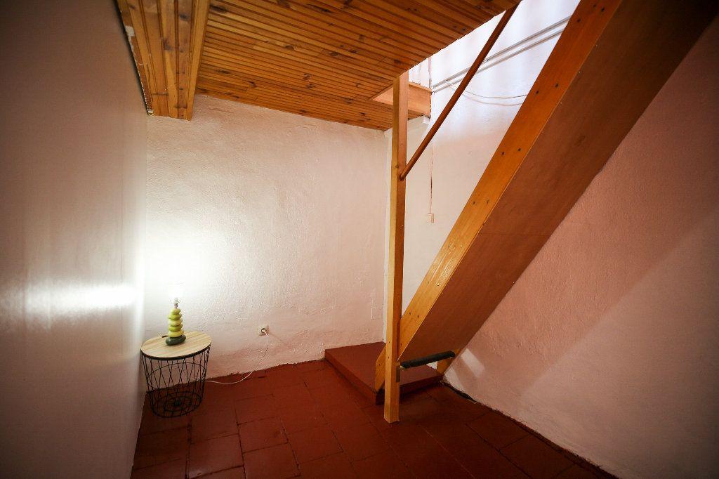 Maison à vendre 3 60m2 à Castelnau-de-Guers vignette-8