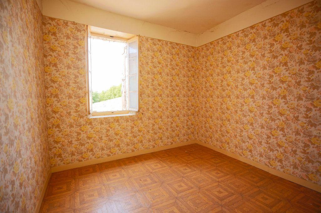 Maison à vendre 6 193.69m2 à Caux vignette-2