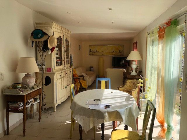 Maison à vendre 6 143m2 à Montblanc vignette-2
