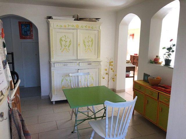 Maison à vendre 6 143m2 à Montblanc vignette-5