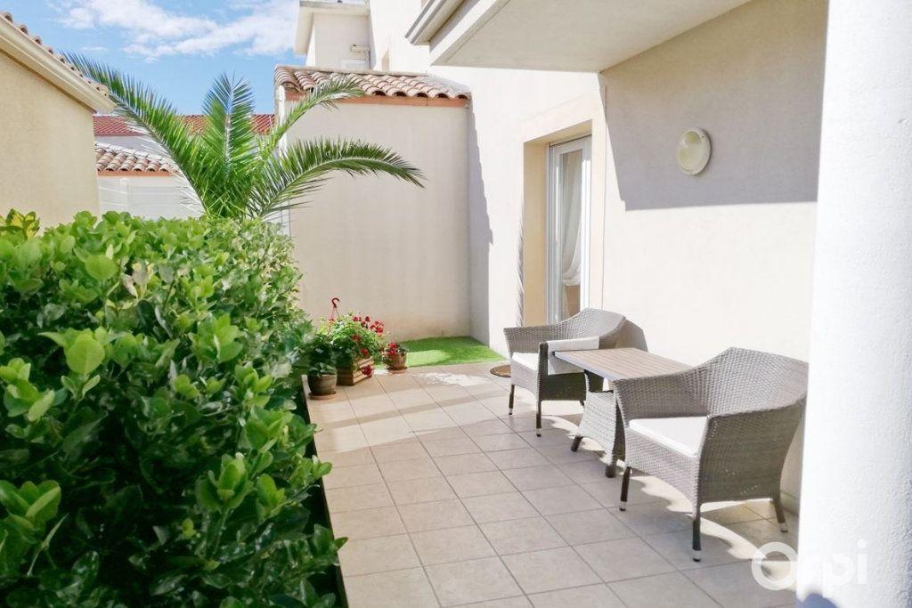 Appartement à vendre 2 50m2 à Agde vignette-2