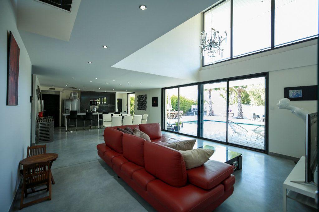 Maison à vendre 6 190m2 à Agde vignette-2