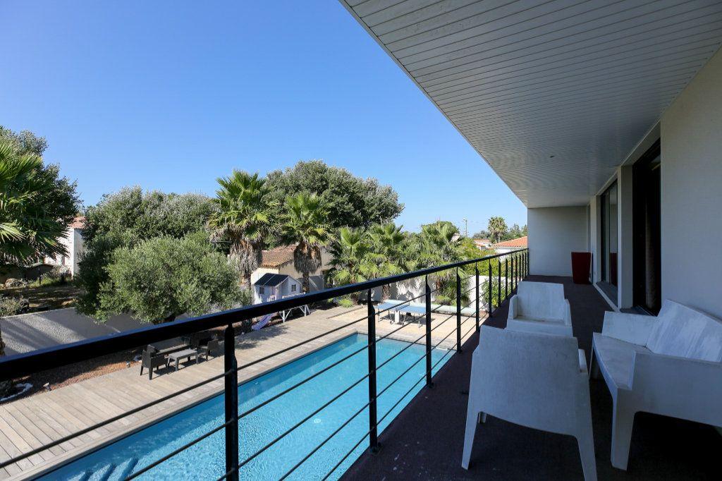 Maison à vendre 6 190m2 à Agde vignette-6