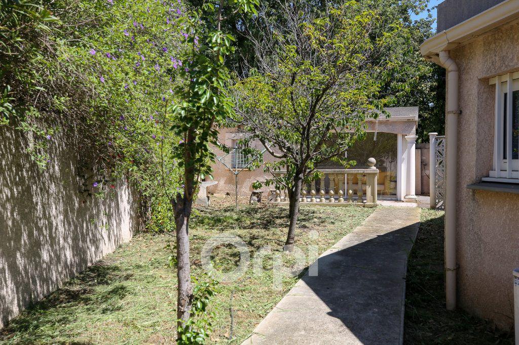 Maison à vendre 8 280m2 à Agde vignette-5
