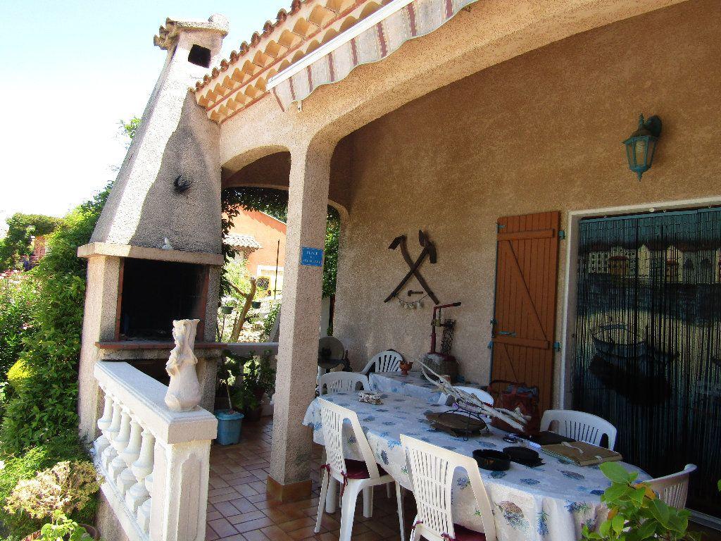 Maison à vendre 3 100.12m2 à Castelnau-de-Guers vignette-8