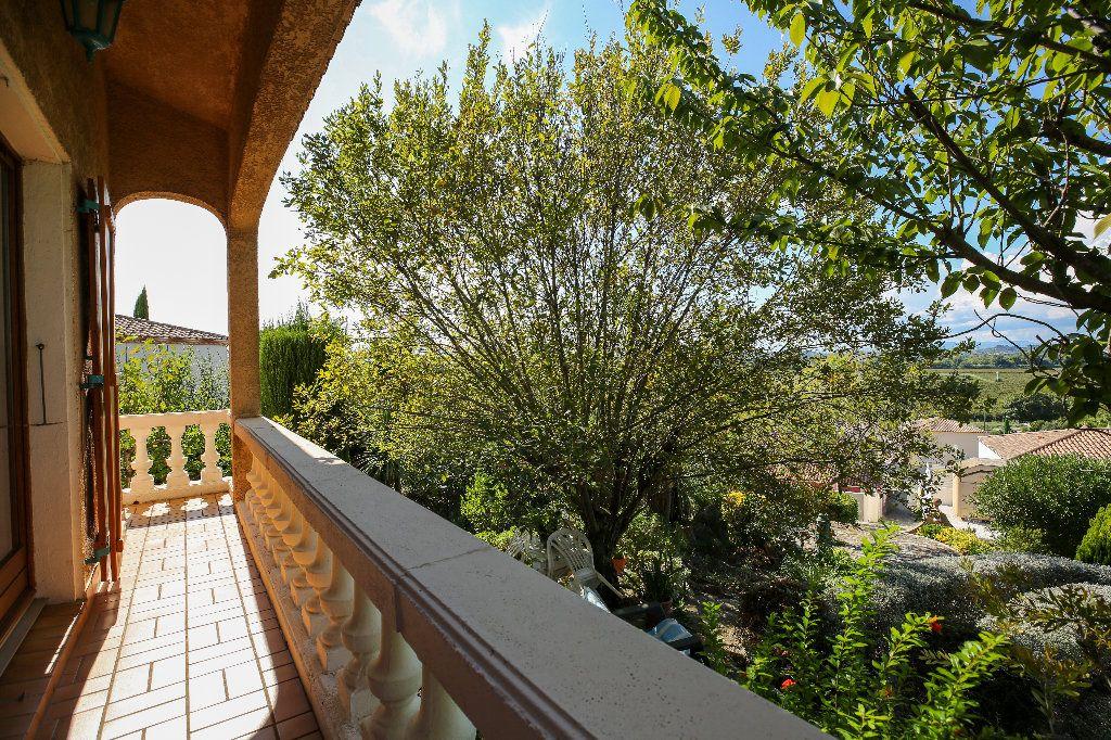 Maison à vendre 3 100.12m2 à Castelnau-de-Guers vignette-9