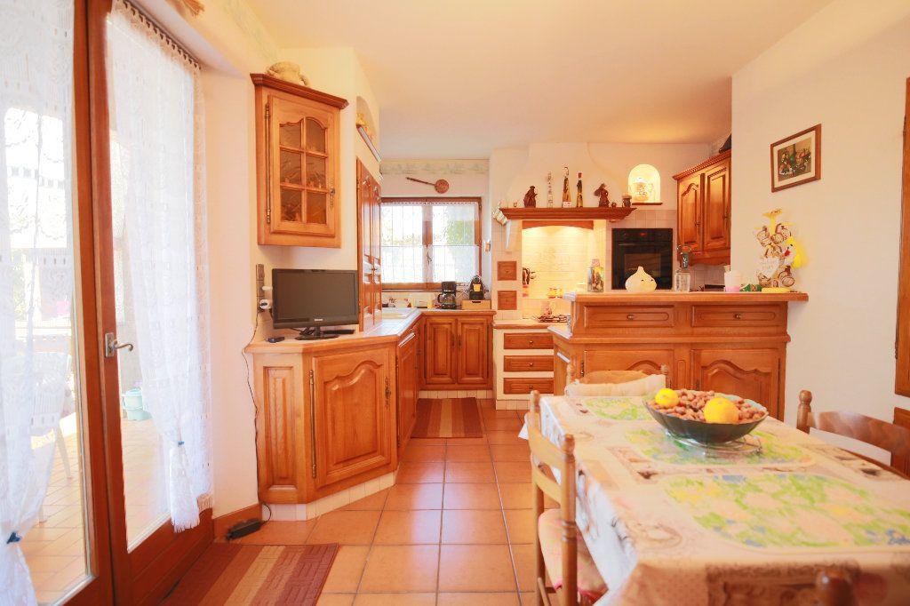 Maison à vendre 3 100.12m2 à Castelnau-de-Guers vignette-14