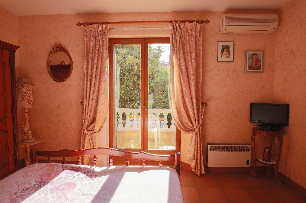 Maison à vendre 3 100.12m2 à Castelnau-de-Guers vignette-15