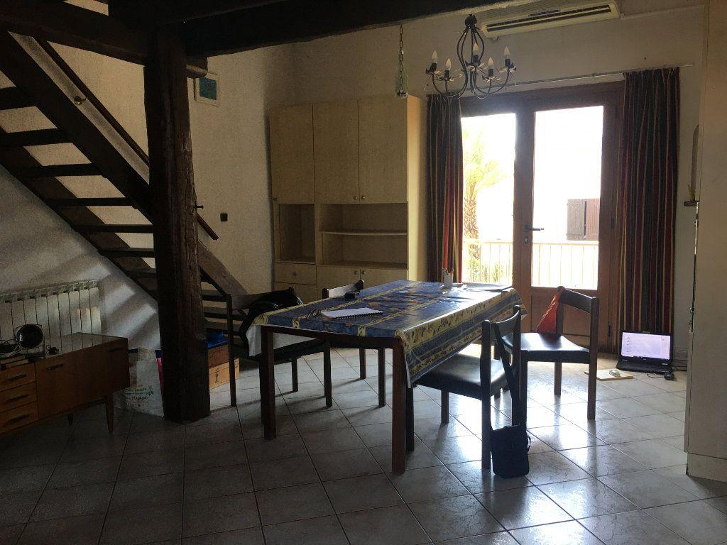 Maison à vendre 3 75m2 à Agde vignette-3