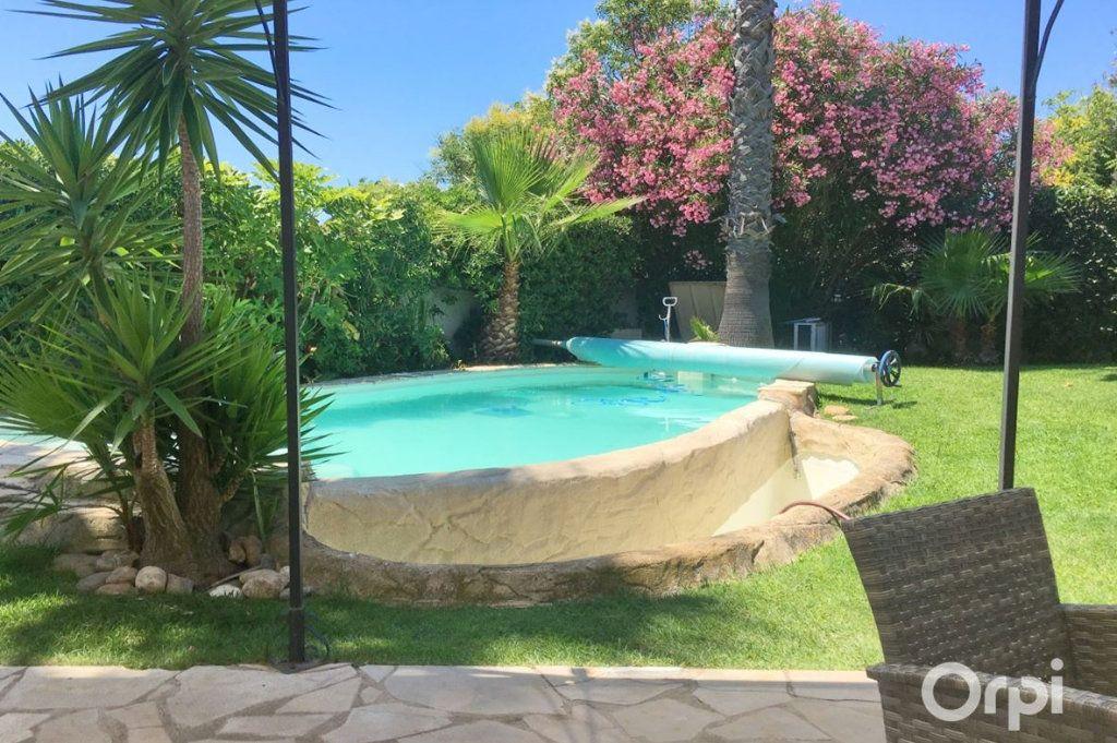 Maison à vendre 5 208m2 à Agde vignette-2
