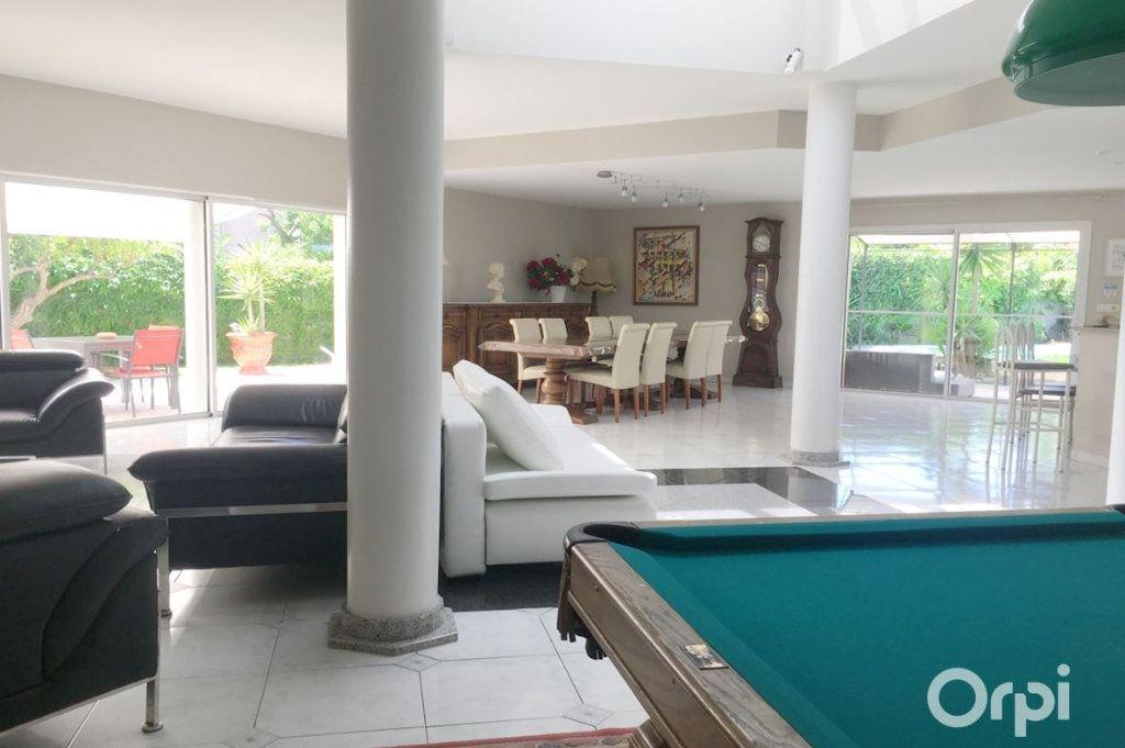 Maison à vendre 5 208m2 à Agde vignette-5