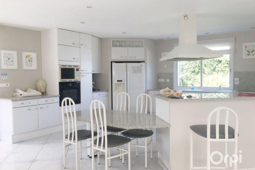 Maison à vendre 5 208m2 à Agde vignette-6