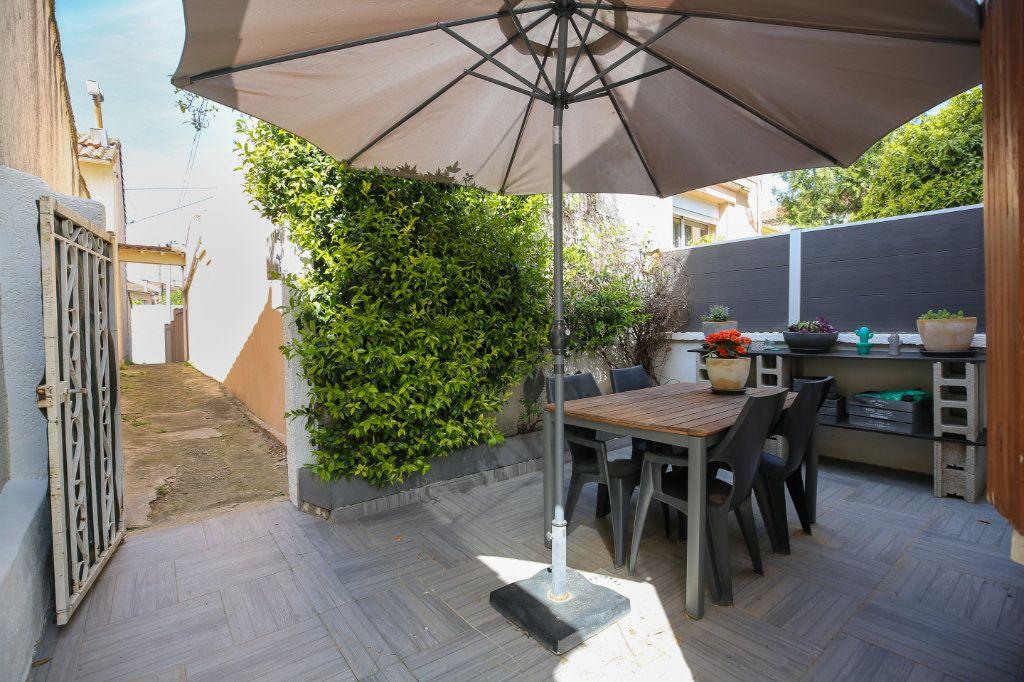 Maison à vendre 3 70m2 à Béziers vignette-9