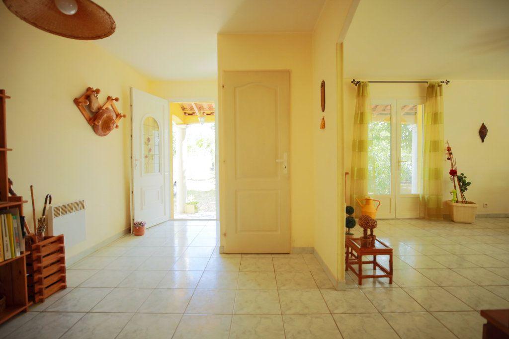 Maison à vendre 5 104.69m2 à Péret vignette-9