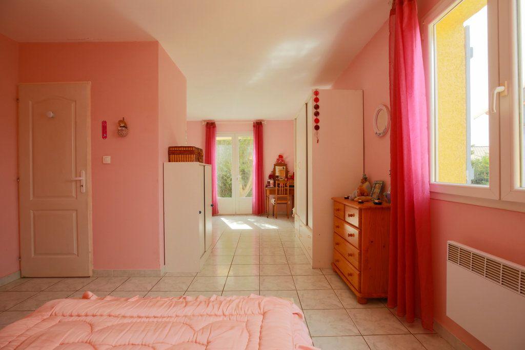 Maison à vendre 5 104.69m2 à Péret vignette-10