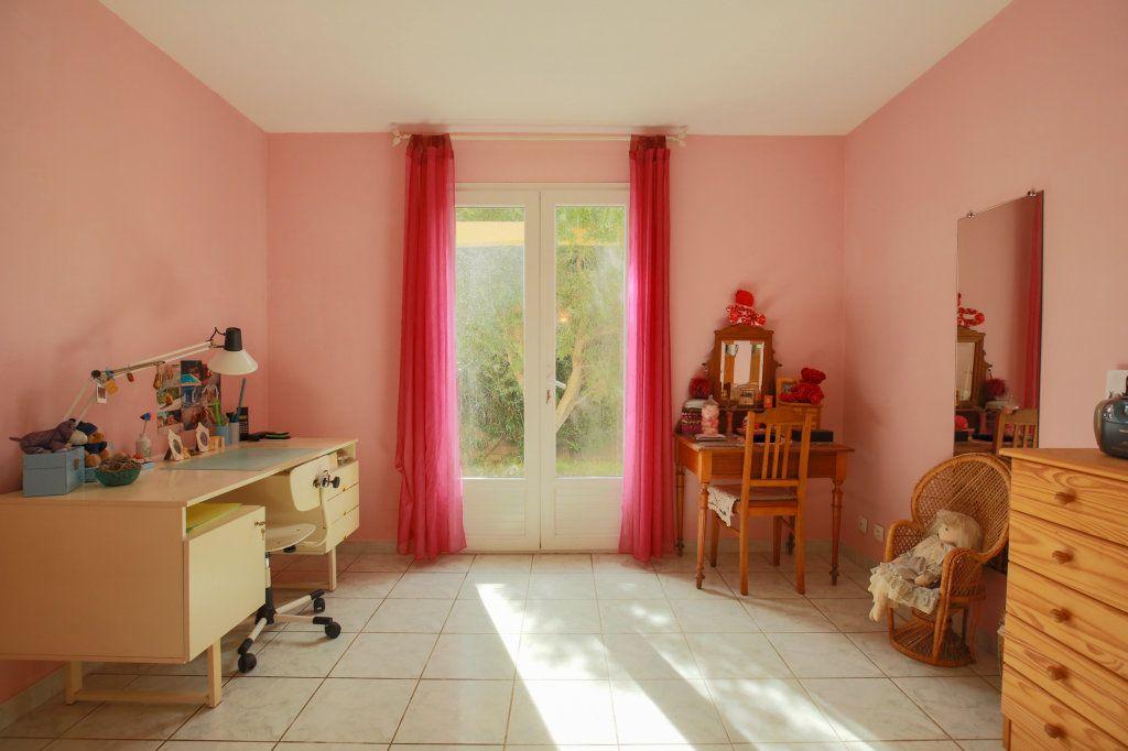 Maison à vendre 5 104.69m2 à Péret vignette-11