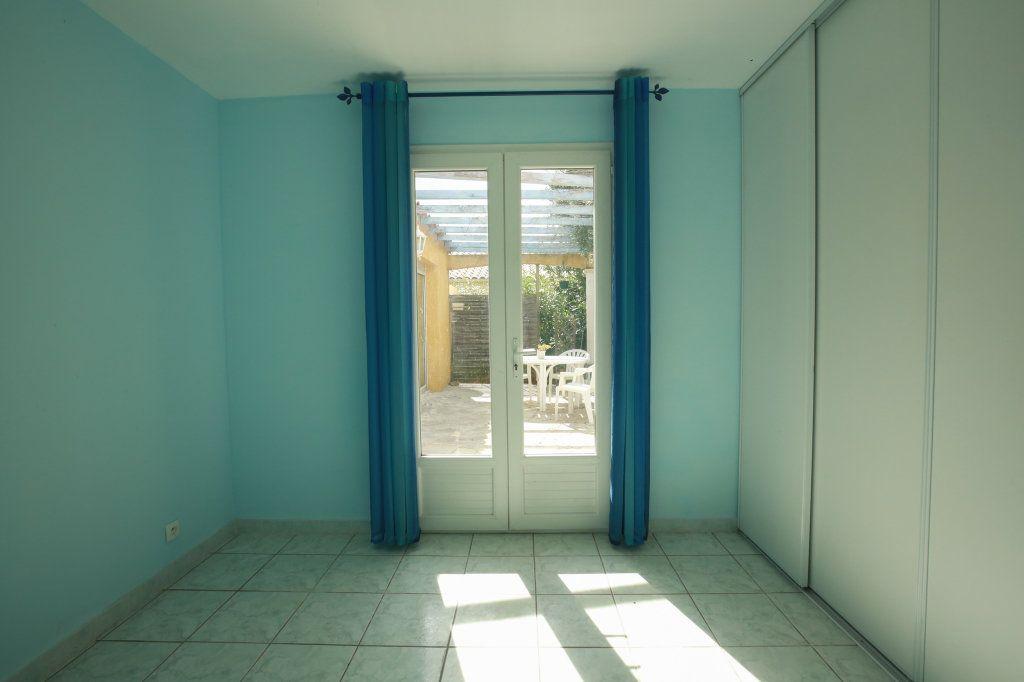 Maison à vendre 5 104.69m2 à Péret vignette-12