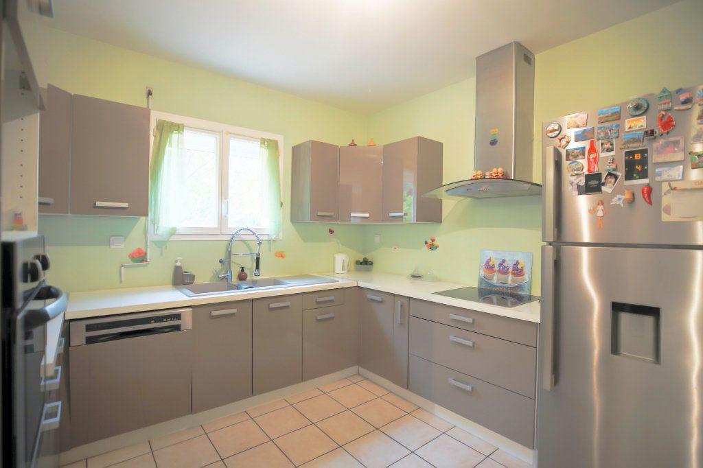 Maison à vendre 5 107m2 à Béziers vignette-2