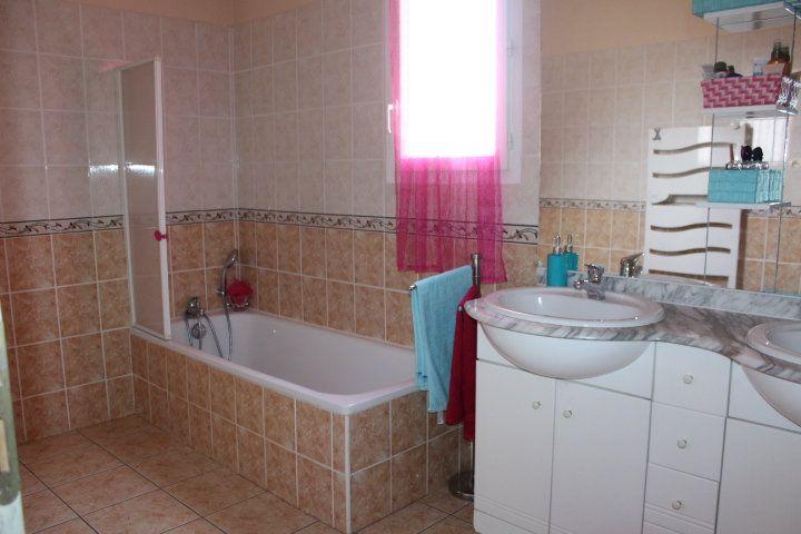Maison à vendre 5 107m2 à Béziers vignette-6