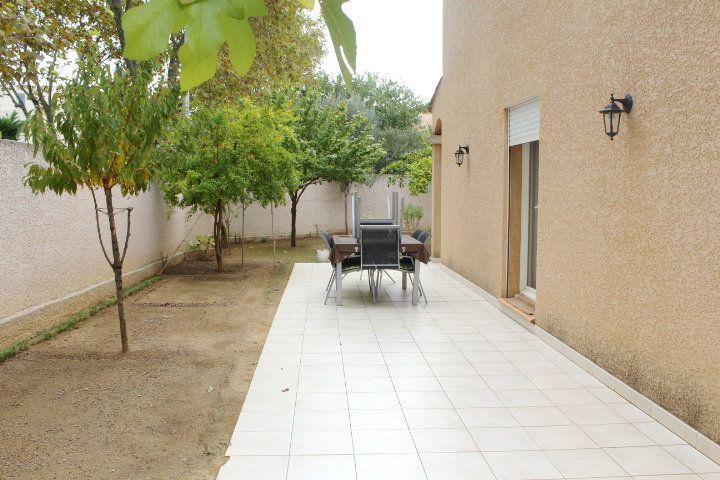 Maison à vendre 5 107m2 à Béziers vignette-12