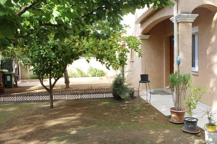 Maison à vendre 5 107m2 à Béziers vignette-14