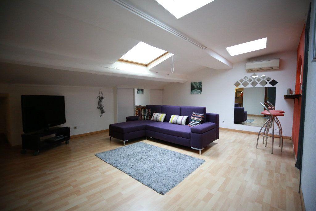 Appartement à vendre 2 51.4m2 à Béziers vignette-2
