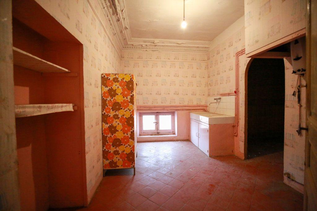 Appartement à vendre 5 188m2 à Béziers vignette-9