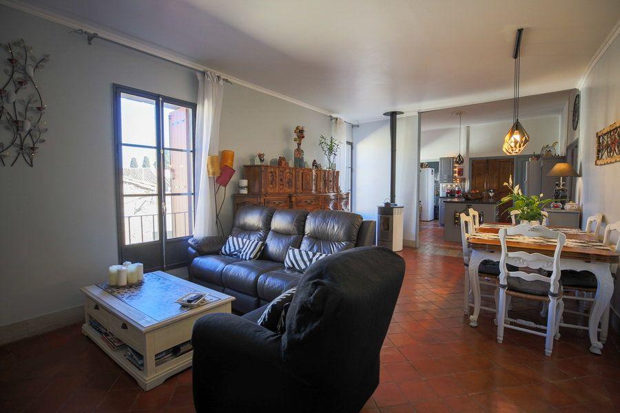 Maison à vendre 4 109m2 à Pomérols vignette-2