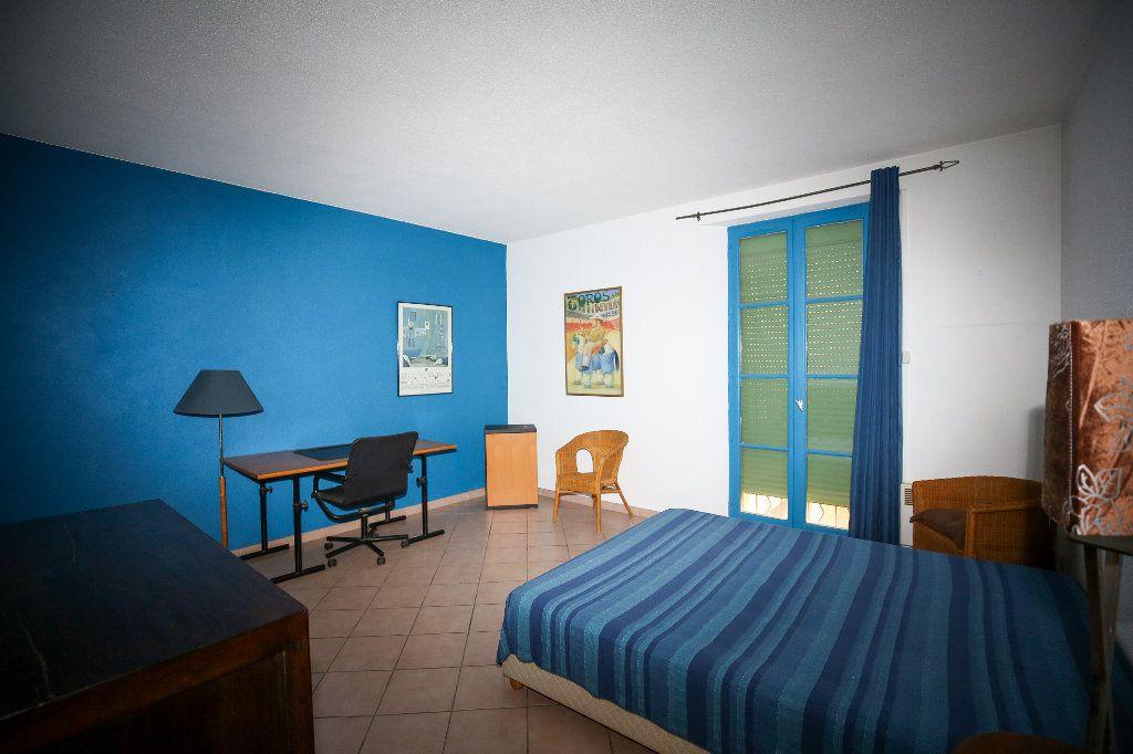 Appartement à vendre 3 108.26m2 à Pézenas vignette-2