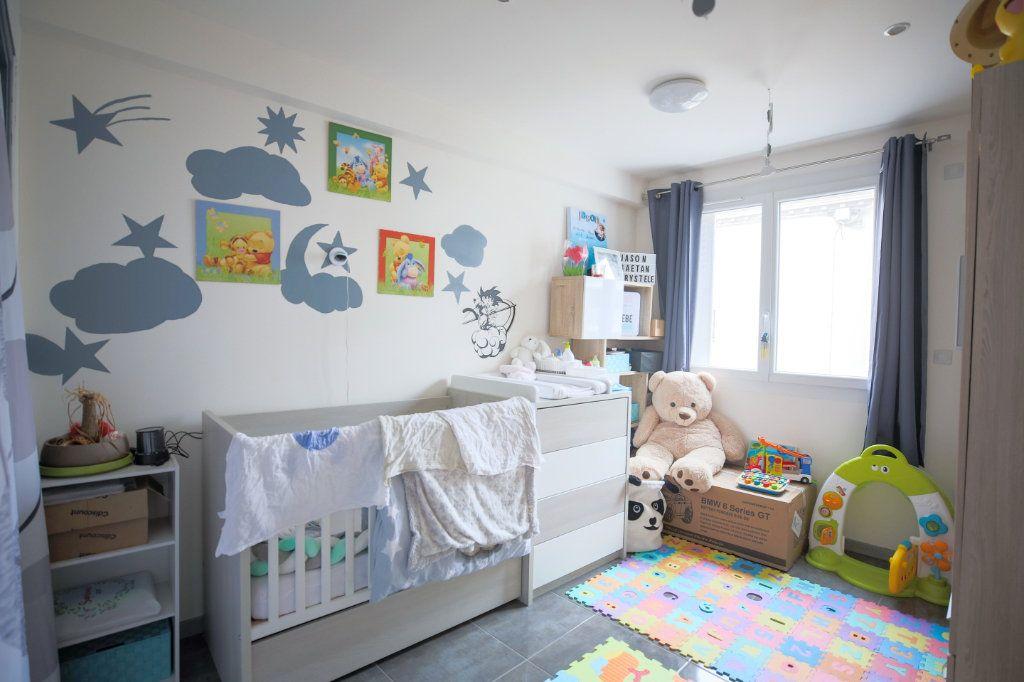 Appartement à vendre 3 66.96m2 à Béziers vignette-6