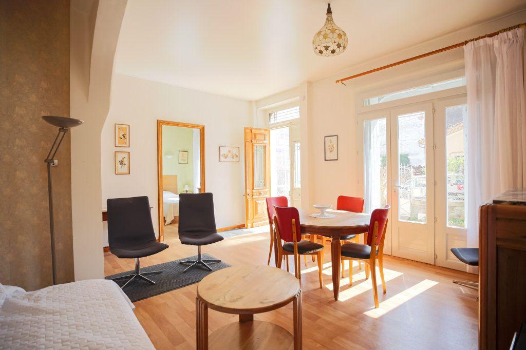Maison à vendre 7 135m2 à Lamalou-les-Bains vignette-1