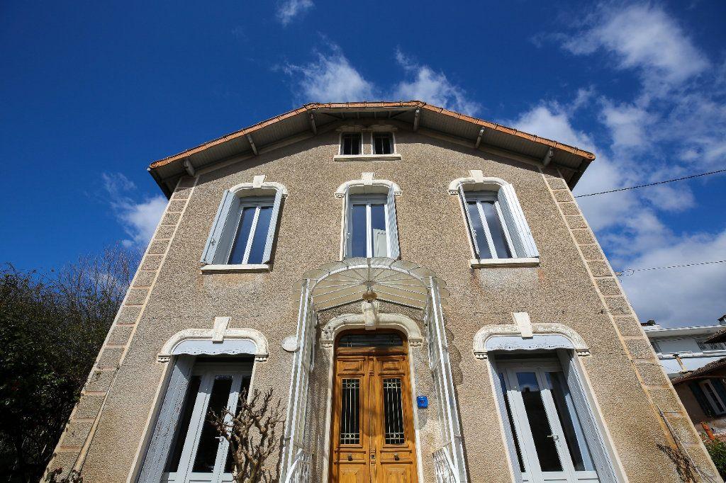 Maison à vendre 7 135m2 à Lamalou-les-Bains vignette-2