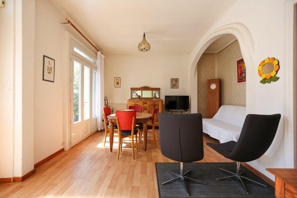 Maison à vendre 7 135m2 à Lamalou-les-Bains vignette-3